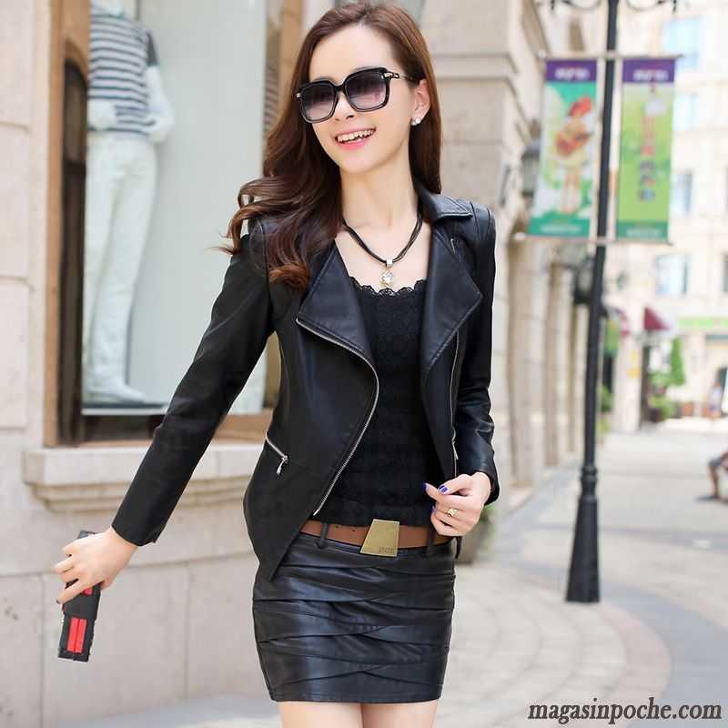 Veste faux cuir courte